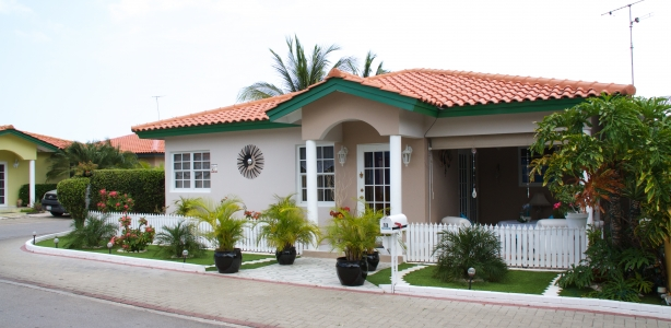 House projects curacao